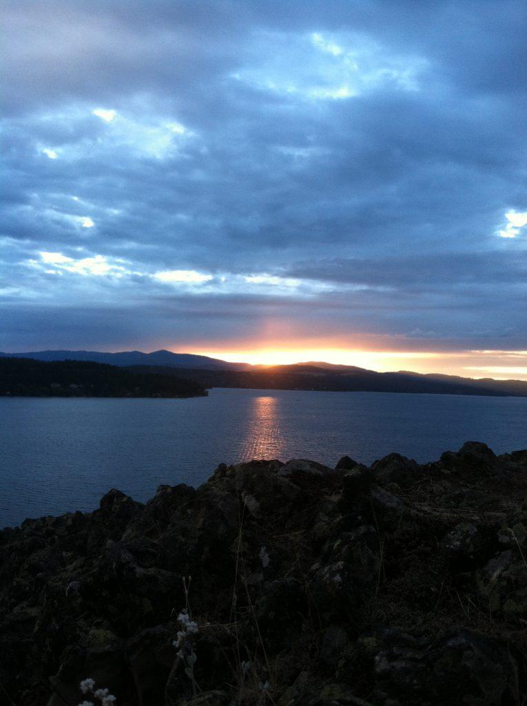 Image of Coeur d'Alene Lake sunset.