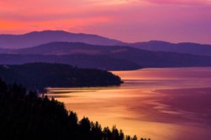 Image of a sunset at Coeur d'Alene Lake